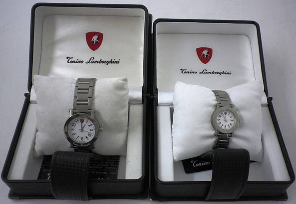 Lot 076 - Lamborghini 'His and Hers' Wristwatches