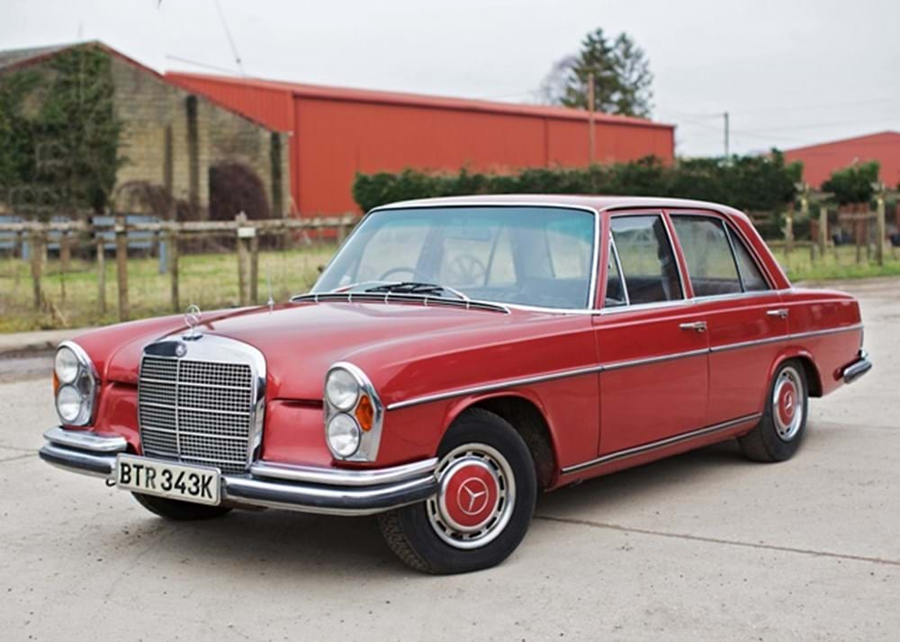 Lot 232 - 1972 Mercedes-Benz 280 SE Saloon