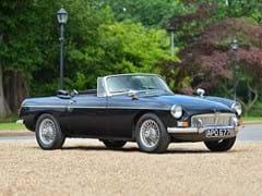 Navigate to Lot 122 - 1964 MG B Roadster
