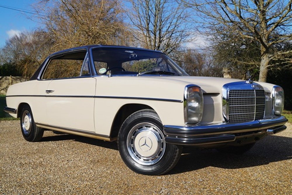 Lot 284 - 1970 Mercedes-Benz 250CE
