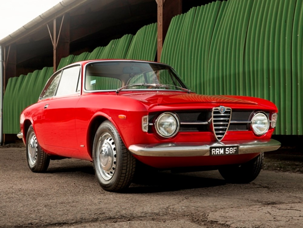 Lot 134 - 1968 Alfa Romeo Giulia GT1300 Junior 'Scalino'