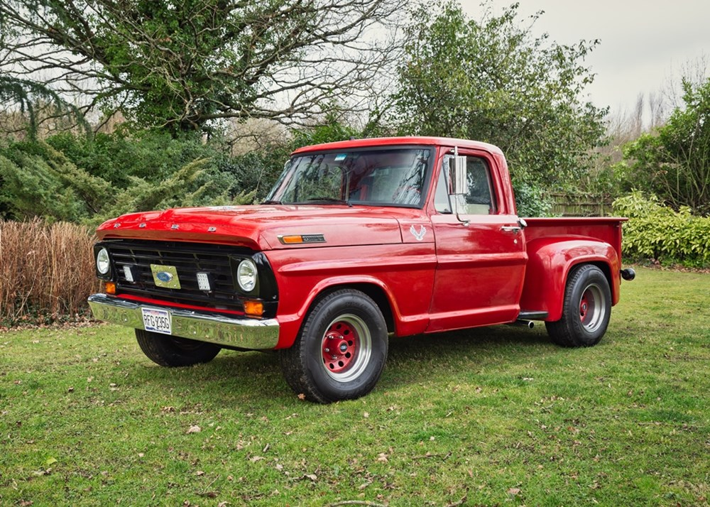 Lot 261 - 1969 Ford F100 Stepside Pick-up Truck