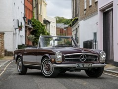 Navigate to Lot 222 - 1968 Mercedes-Benz 280 SL Pagoda