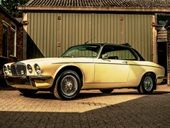 Navigate to Lot 114 - 1976 Daimler Sovereign Coupé