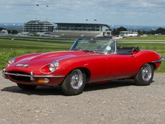 Navigate to Lot 202 - 1968 Jaguar E-Type Series I½ Roadster (4.2 litre)
