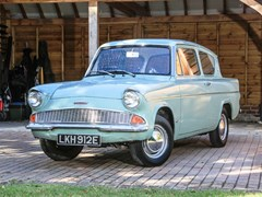 Navigate to Lot 239 - 1967 Ford Anglia DeLuxe