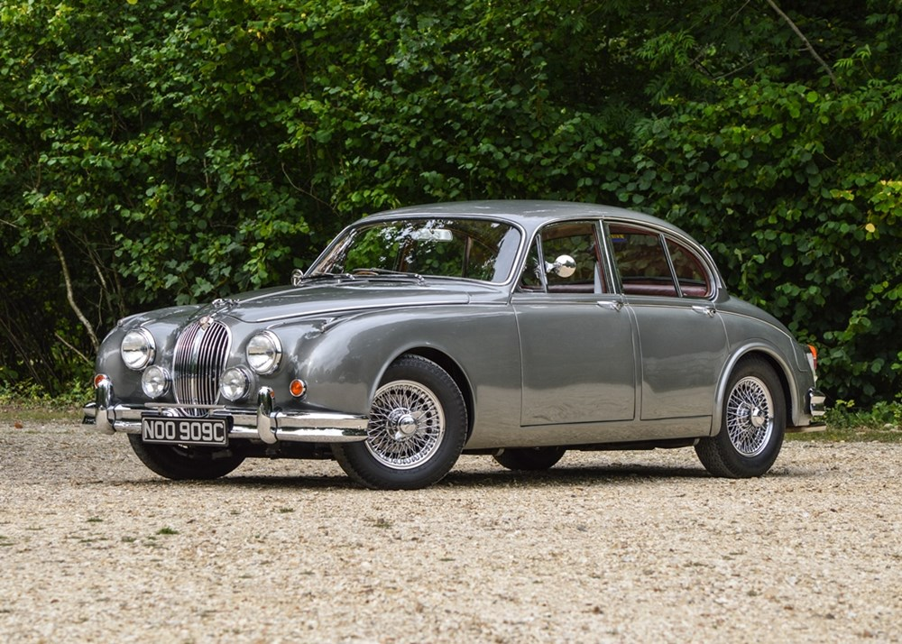 Lot 216 - 1965 Jaguar Mk. II Saloon (3.8 litre)