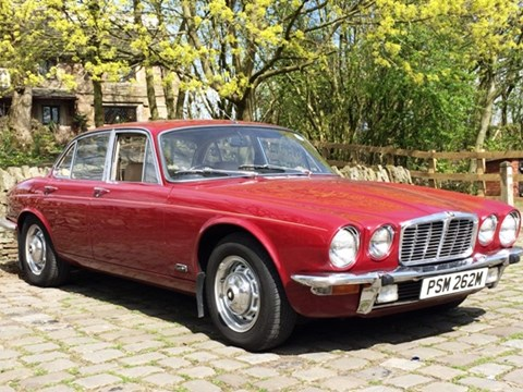 1974 Jaguar XJ6 swb Saloon (red)