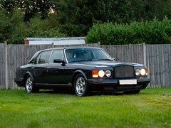 Navigate to Lot 181 - 1997 Bentley RT