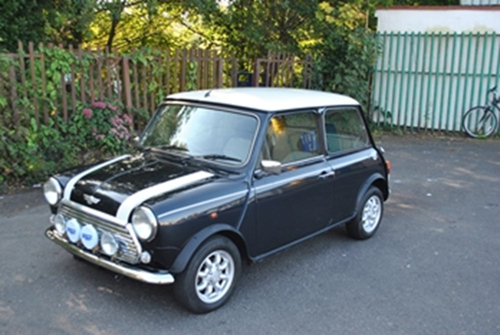 Lot 334 - 2000 Rover Mini Cooper