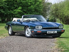 Navigate to Lot 216 - 1994 Jaguar XJS Convertible