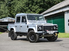Navigate to Lot 154 - 2006 Land Rover Defender 110 TD5 Pick-Up (5.0 Litre)