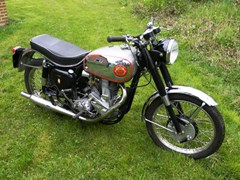 Navigate to Lot 231 - 1954 BSA BB32 Goldstar (350cc)