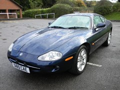 Navigate to Lot 235 - 1998 12947 XK8 Coupé