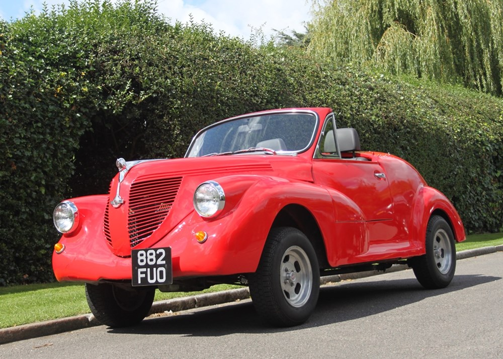 Lot 241 - 1960 Morris Minor Minor Custom Car