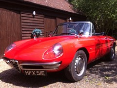 Navigate to Lot 262 - 1966 Alfa Romeo Duetto Spider by Pininfarina