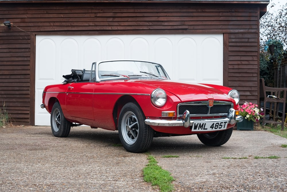 Lot 133 - 1970 MG B Roadster