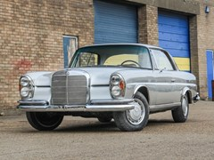 Navigate to Lot 227 - 1966 Mercedes-Benz 250 SE Coupé