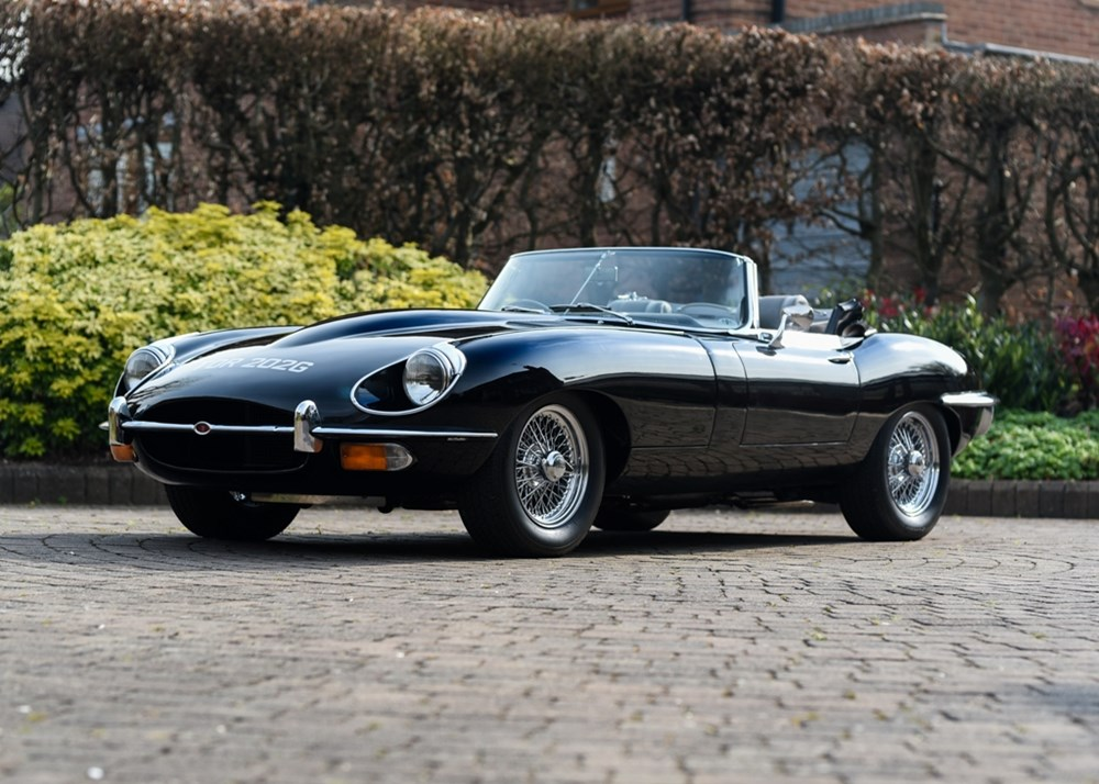 Lot 192 - 1969 Jaguar E-Type Series II Roadster (4.2 litre)
