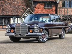 Navigate to Lot 305 - 1972 Mercedes-Benz 280 SE Saloon