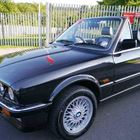 BMW 325i Convertible -
