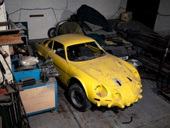 Navigate to Lot 105 - 1967 Alpine Renault A110 1300VA '1300G'
