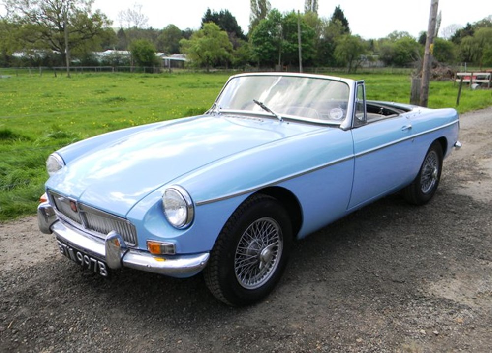 Lot 307 - 1964 MG B Roadster