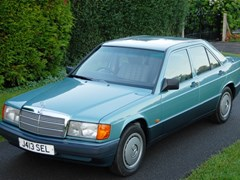 Navigate to Lot 218 - 1992 Mercedes-Benz 190E Saloon