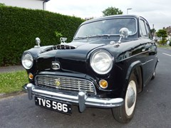 Navigate to Lot 288 - 1955 Austin A50 Cambridge