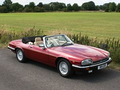 Navigate to Lot 217 - 1990 Jaguar XJS Convertible