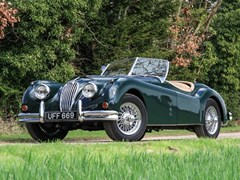 Navigate to Lot 197 - 1954 Jaguar XK140 SE Roadster