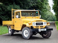 Navigate to Lot 222 - 1982 Toyota Land Cruiser HJ47 Pick-up