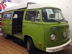 Navigate to Lot 321 - 1977 Volkswagen Camper Westfalia