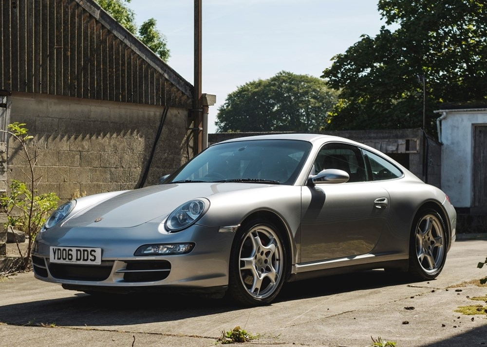Lot 239 - 2006 Porsche 911 / 997 Carrera 4S