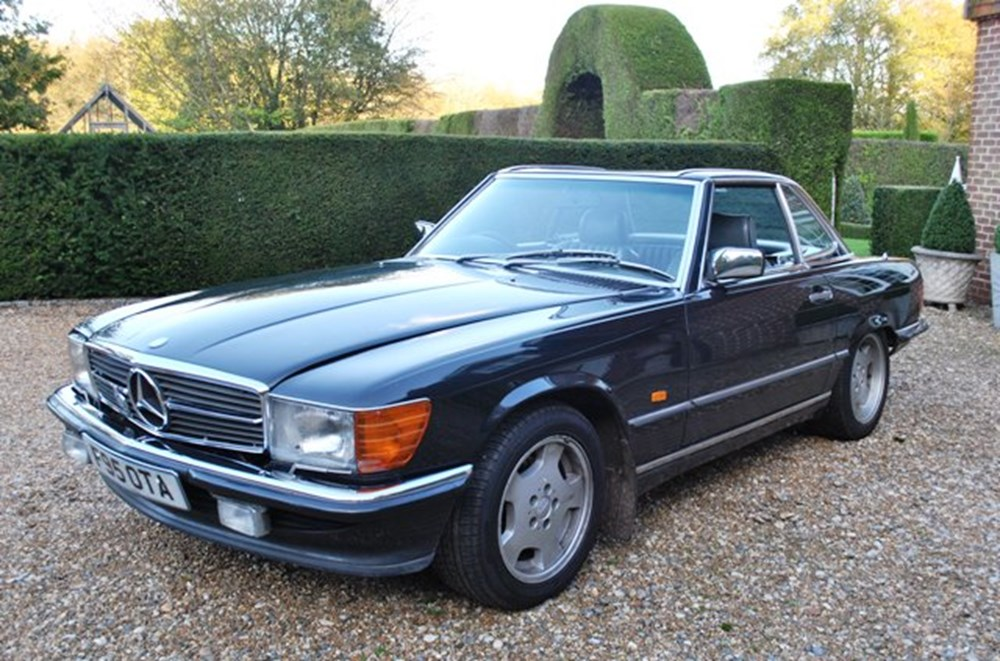 Lot 219 - 1988 Mercedes-Benz 420SL Roadster