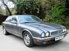 Navigate to Lot 360 - 1994 Jaguar XJ6 (3.2 litre)