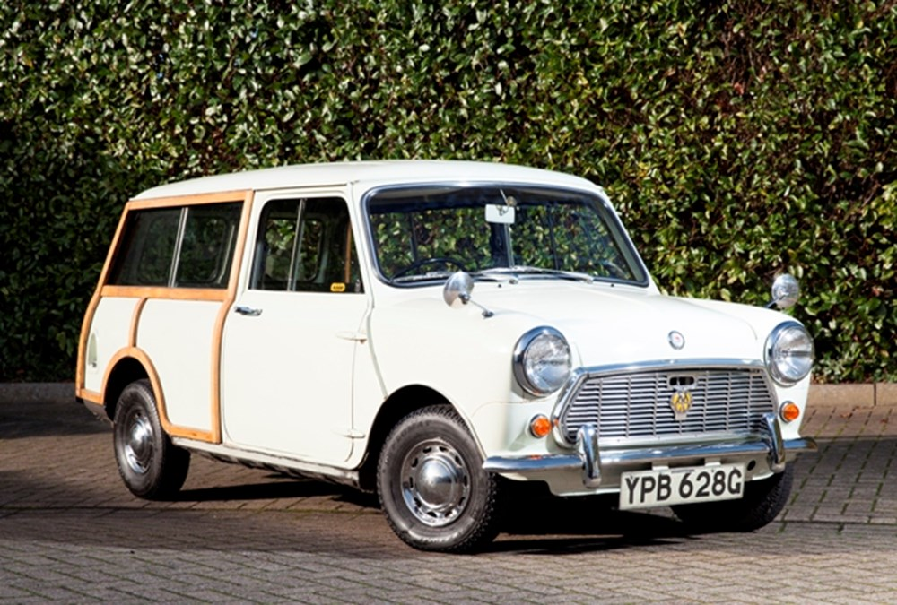 Lot 251 - 1969 Morris Mini Traveller