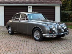Navigate to Lot 332 - 1960 Jaguar Mk. II (3.8 litre)