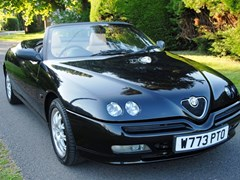 Navigate to Lot 288 - 2000 Alfa Romeo Spider Lusso T-Spark