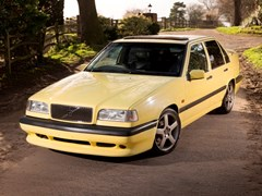 Navigate to Lot 152 - 1995 Volvo 850 T-5R