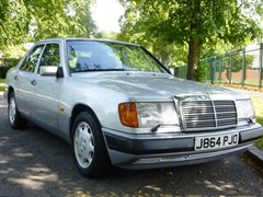 Navigate to Lot 151 - 1992 Mercedes-Benz 260E