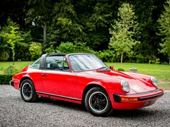 Navigate to Lot 146 - 1976 Porsche 911S Targa