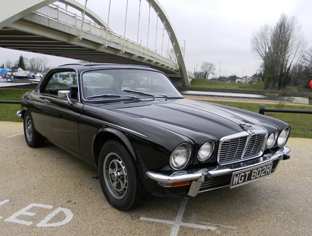 Lot 324 - 1977 Jaguar XJ-C