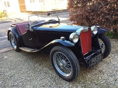 Navigate to Lot 126 - 1938 MG TA Police Car