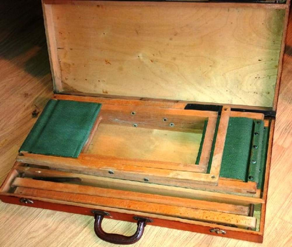 Lot 107 - Early wooden picnic set