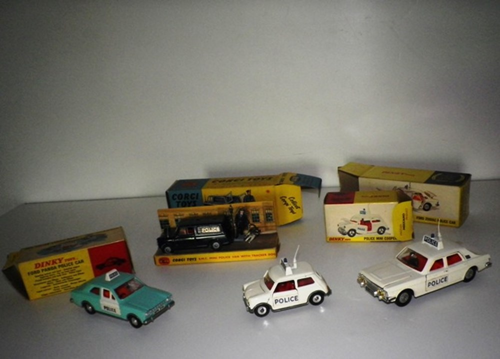 Lot 37 - Four model police vehicles