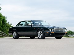 Navigate to Lot 111 - 2003 Jaguar XJ8 Executive (3.2 litre)