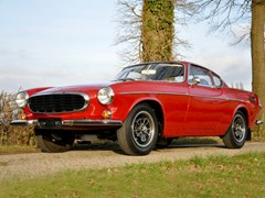 Navigate to Lot 130 - 1970 Volvo P1800 E
