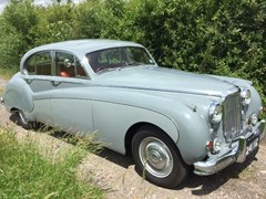 Navigate to Lot 206 - 1960 Jaguar Mk. IX Saloon
