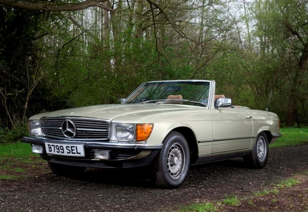 Lot 230 - 1985 Mercedes-Benz 280SL Roadster